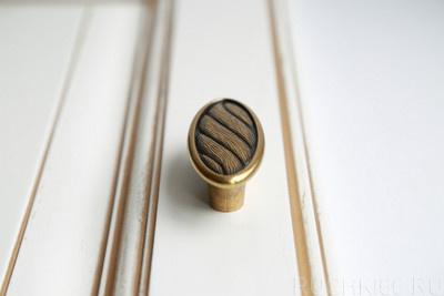 Ручка-кнопка 32 мм